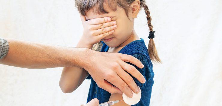 Wordt vaccineren een strijd tussen gescheiden ouders?